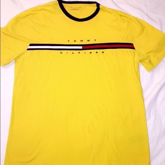 e46a7418 Vintage 90's Tommy Hilfiger RINGER Stripe T-Shirt.  M_5b7ceb76d6716afe64c5b6de